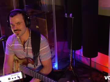 wreckingroom's chat room